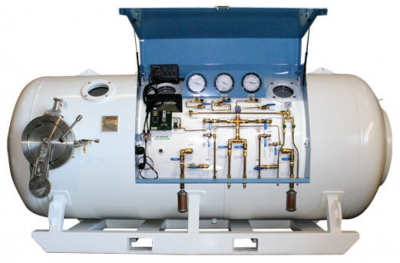 Double-Lock Decompression Chamber